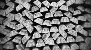 L'argent possède un intérêt en tant que métal précieux en fonction de sa hausse